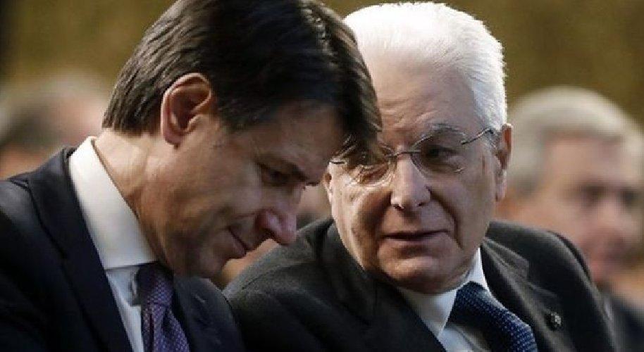 https://www.ragusanews.com//immagini_articoli/14-01-2021/premier-conte-sale-al-quirinale-da-mattarella-per-interim-500.jpg
