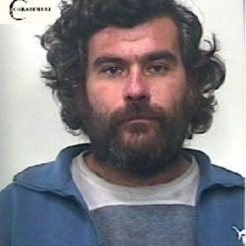 http://www.ragusanews.com//immagini_articoli/14-02-2015/stalking-arrestato-vincenzo-epiro-500.jpg