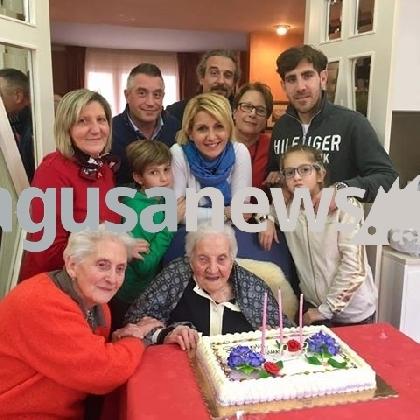 https://www.ragusanews.com//immagini_articoli/14-02-2017/nonna-grazia-compiuto-anni-420.jpg