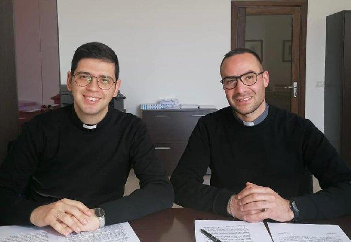 https://www.ragusanews.com//immagini_articoli/14-02-2021/sacerdoti-diocesi-noto-500.jpg