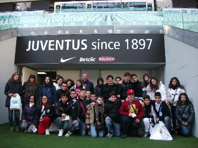 https://www.ragusanews.com//immagini_articoli/14-03-2012/gli-alunni-della-scuola-sciascia-visitano-i-luoghi-del-risorgimento-500.jpg