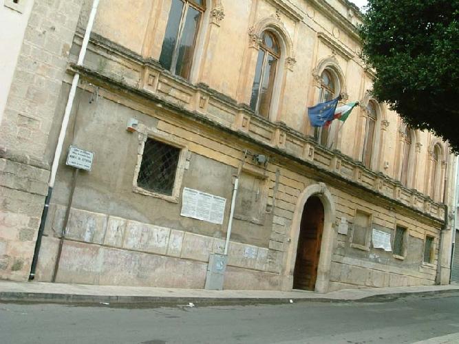 https://www.ragusanews.com//immagini_articoli/14-03-2014/mezzo-milione-per-la-scuola-san-biagio-500.jpg