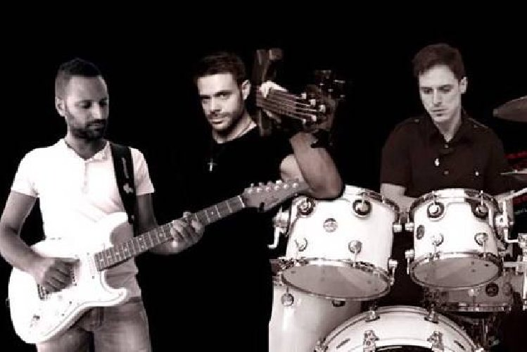 https://www.ragusanews.com//immagini_articoli/14-03-2019/serata-blues-diger-funk-modica-500.jpg