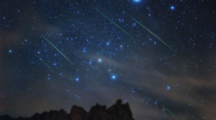 https://www.ragusanews.com//immagini_articoli/14-04-2019/che-notte-di-san-lorenzo-le-stelle-cadenti-sono-a-pasqua-500.jpg