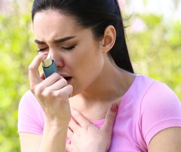 https://www.ragusanews.com//immagini_articoli/14-04-2020/comi-distinguere-asma,-allergia-e-coronvirus-500.jpg