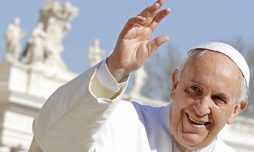 https://www.ragusanews.com//immagini_articoli/14-05-2018/papa-francesco-verro-sicilia-500.jpg