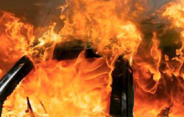 https://www.ragusanews.com//immagini_articoli/14-05-2019/e-morto-l-uomo-intrappolato-dentro-l-auto-in-fiamme-500.jpg