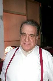 https://www.ragusanews.com//immagini_articoli/14-05-2021/e-morto-peppino-arrabito-ingegnere-e-attore-280.jpg
