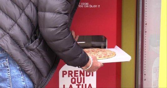https://www.ragusanews.com//immagini_articoli/14-05-2021/pizza-pronta-in-3-minuti-arriva-quella-preparata-dal-distributore-280.jpg