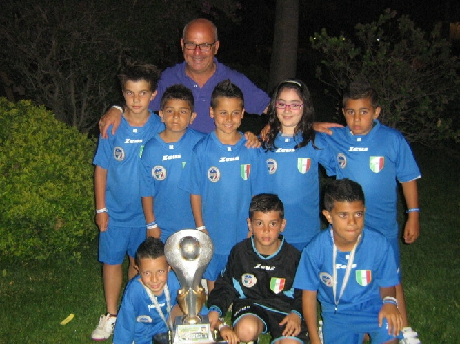 https://www.ragusanews.com//immagini_articoli/14-06-2012/successo-per-gli-arbitri-gnais-al-torneo-csen-di-rossano-calabro-500.jpg