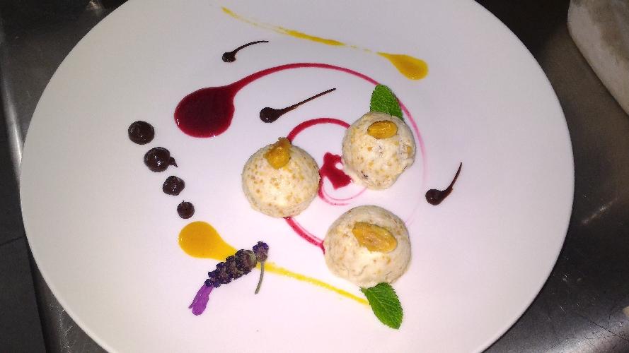 http://www.ragusanews.com//immagini_articoli/14-06-2016/una-sera-a-cena-da-zafran-500.jpg