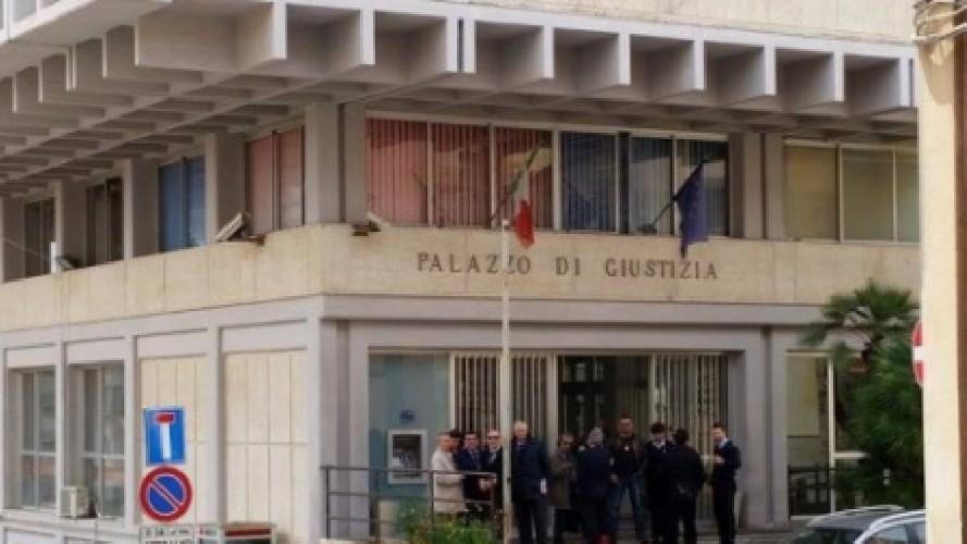 https://www.ragusanews.com//immagini_articoli/14-06-2020/tribunale-il-22-giugno-riprende-l-attivita-dibattimentale-a-ragusa-500.jpg