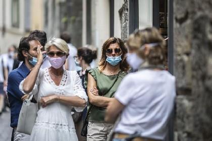 https://www.ragusanews.com//immagini_articoli/14-06-2021/14-giugno-36-morti-covid-in-italia-7-in-sicilia-280.jpg