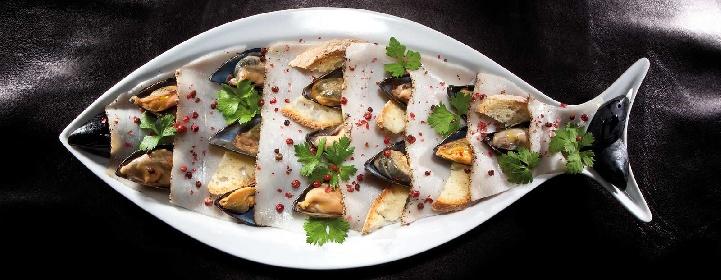 https://www.ragusanews.com//immagini_articoli/14-06-2021/1623684222-ricetta-il-cinghiale-azzurro-del-mediterraneo-secondo-carmelo-chiaramonte-1-280.jpg
