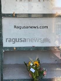 https://www.ragusanews.com//immagini_articoli/14-06-2021/sepolte-le-ceneri-di-franco-battiato-280.jpg