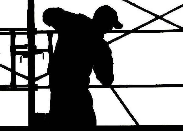 http://www.ragusanews.com//immagini_articoli/14-07-2015/il-lavoro-nero-a-ragusa-500.jpg