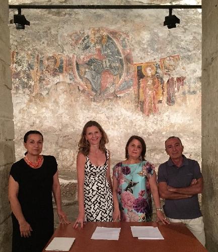 http://www.ragusanews.com//immagini_articoli/14-07-2016/modica-chiesetta-di-san-nicolo-affidata-all-associazione-via-500.jpg