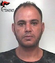 http://www.ragusanews.com//immagini_articoli/14-07-2017/vittoria-arrestati-tunisini-spaccio-240.jpg
