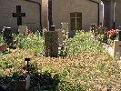 https://www.ragusanews.com//immagini_articoli/14-07-2018/chiaramonte-cimitero-sterpaglie-100.jpg