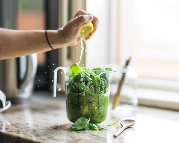 https://www.ragusanews.com//immagini_articoli/14-07-2020/dieta-facile-e-veloce-per-perdere-5-kg-500.jpg