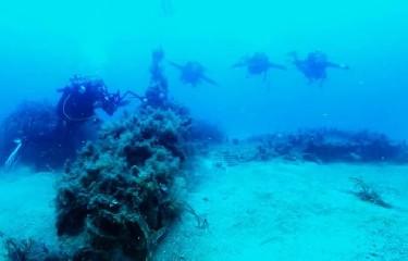 https://www.ragusanews.com//immagini_articoli/14-07-2020/il-mare-siciliano-restituisce-un-antica-nave-oneraria-240.jpg