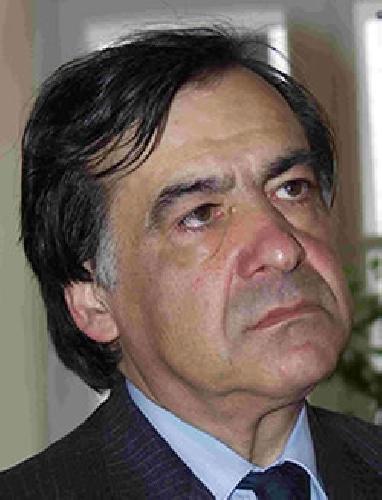 https://www.ragusanews.com//immagini_articoli/14-08-2011/ragusa-e-vittoria-due-casi-di-malasanita-in-poche-ore-500.jpg