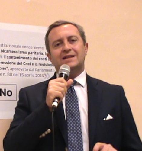 https://www.ragusanews.com//immagini_articoli/14-08-2017/province-costituzionalista-giuffr-legge-siciliana-500.jpg
