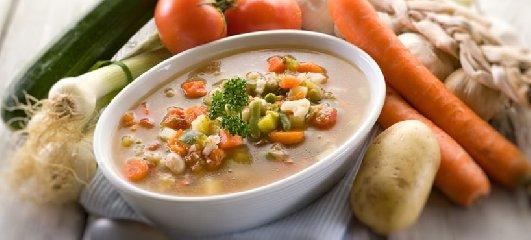 https://www.ragusanews.com//immagini_articoli/14-08-2018/dieta-minestrone-funziona-menu-settimanale-240.jpg