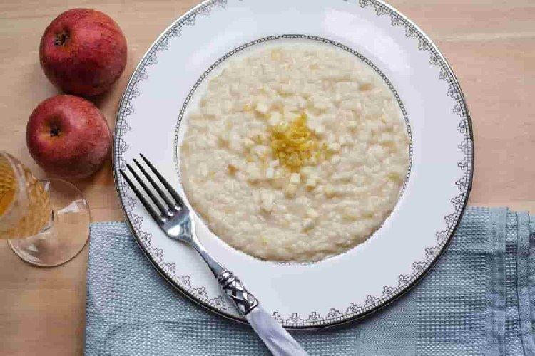 https://www.ragusanews.com//immagini_articoli/14-08-2019/la-dieta-riso-e-mela-per-perdere-peso-velocemente-500.jpg