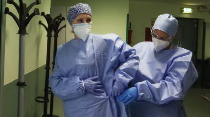 https://www.ragusanews.com//immagini_articoli/14-08-2020/coronavirus-sicilia-con-il-peggior-indice-di-contagio-in-italia-240.png