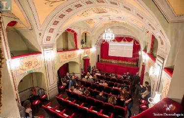 http://www.ragusanews.com//immagini_articoli/14-09-2017/scala-milano-porta-barbiere-siviglia-teatro-donnafugata-240.jpg