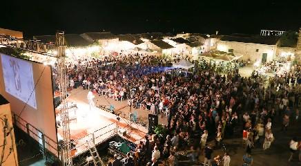 https://www.ragusanews.com//immagini_articoli/14-09-2020/incudine-e-ovadia-al-festival-di-frontiera-240.jpg