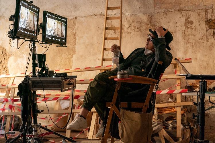 https://www.ragusanews.com//immagini_articoli/14-09-2021/1631614041-le-prime-foto-del-film-cyrano-girato-a-scicli-nelle-sale-il-25-dicembre-3-500.jpg