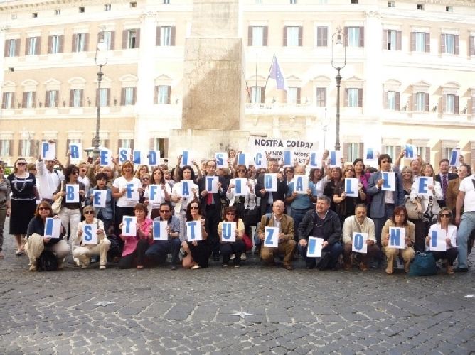 https://www.ragusanews.com//immagini_articoli/14-10-2010/presidi-siciliani-todos-caballeros-500.jpg