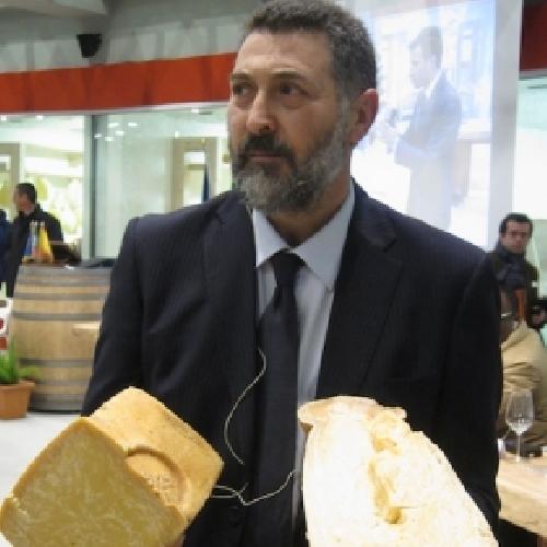 https://www.ragusanews.com//immagini_articoli/14-10-2015/truffa-e-peculato-al-corfilac-assolto-licitra-500.jpg