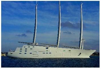 https://www.ragusanews.com//immagini_articoli/14-10-2017/1507977018-yacht-bello-mondo-mare-scicli-foto-1-240.jpg