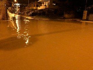 https://www.ragusanews.com//immagini_articoli/14-10-2018/piove-strade-provincia-ragusa-diventano-impraticabili-240.jpg