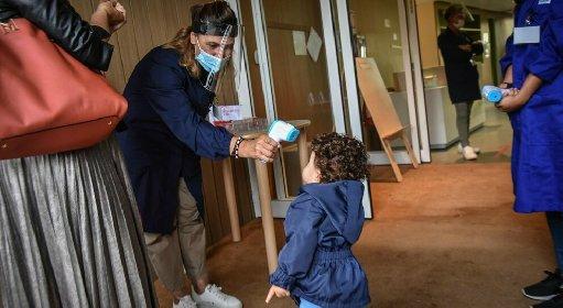 https://www.ragusanews.com//immagini_articoli/14-10-2020/covid-all-asilo-secondo-caso-in-sicilia-in-un-giorno-280.jpg