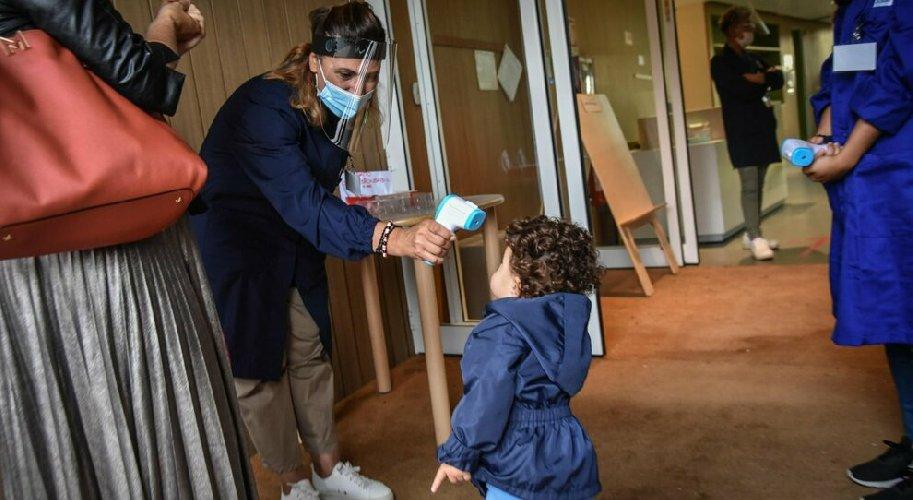 https://www.ragusanews.com//immagini_articoli/14-10-2020/covid-all-asilo-secondo-caso-in-sicilia-in-un-giorno-500.jpg