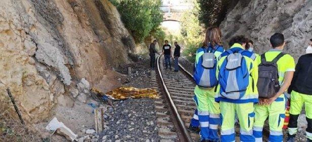 https://www.ragusanews.com//immagini_articoli/14-10-2020/e-un-australiano-l-uomo-travolto-dal-treno-ad-avola-280.jpg
