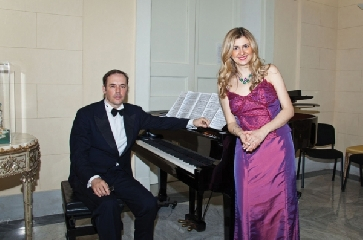 http://www.ragusanews.com//immagini_articoli/14-11-2017/bouffes-napolitains-canzone-napoletana-melodica-ragusa-240.jpg