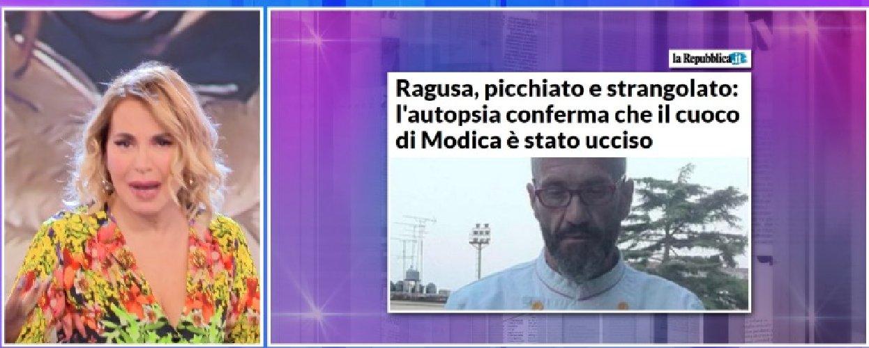 https://www.ragusanews.com//immagini_articoli/14-11-2019/barbara-durso-racconta-in-diretta-i-funerali-di-peppe-lucifora-video-500.jpg