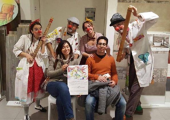 https://www.ragusanews.com//immagini_articoli/14-12-2016/il-clowndario-il-calendario-speciale-dei-clown-dottori-420.jpg