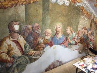 http://www.ragusanews.com//immagini_articoli/14-12-2017/scoperti-affreschi-settecenteschi-chiesa-acireale-240.jpg