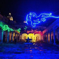 https://www.ragusanews.com//immagini_articoli/14-12-2018/spettacolo-luci-natalizie-comiso-foto-240.jpg