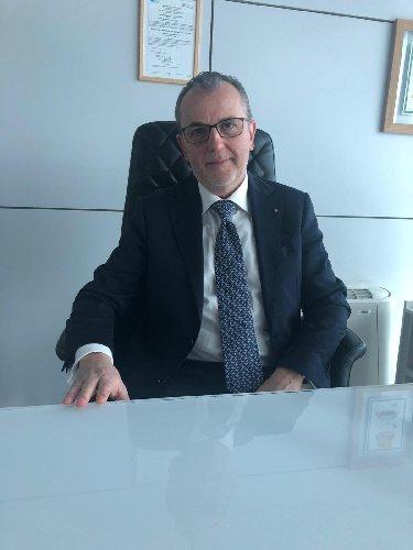 https://www.ragusanews.com//immagini_articoli/14-12-2019/aeroporto-di-comiso-dibennardo-amministratore-delegato-500.jpg