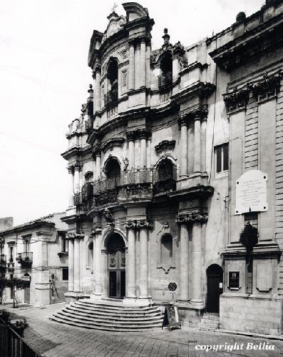 https://www.ragusanews.com//immagini_articoli/15-01-2013/monumenti-amp;-paesaggi-la-lezione-dellarte-500.jpg