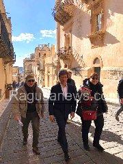 https://www.ragusanews.com//immagini_articoli/15-01-2019/alberto-angela-bello-sole-noto-240.jpg