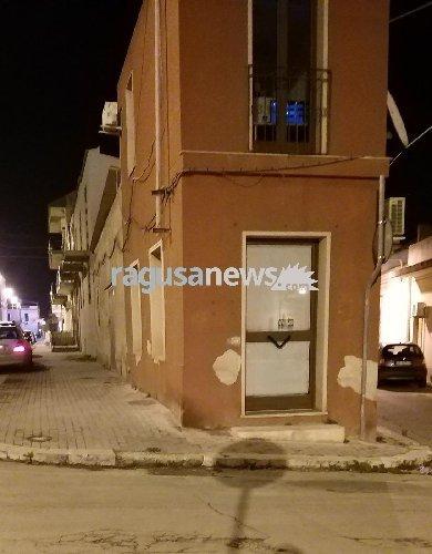 https://www.ragusanews.com//immagini_articoli/15-01-2019/pozzallo-bombola-esplosa-500.jpg