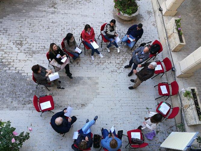 https://www.ragusanews.com//immagini_articoli/15-01-2019/ragusa-corso-formazione-volontari-caritas-500.jpg